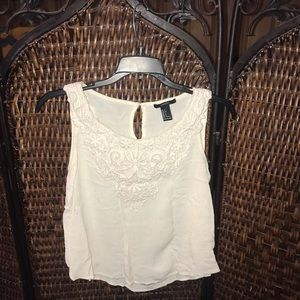 Forever 21 tank with lace details